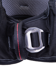 buckle-close-up-3dynamic